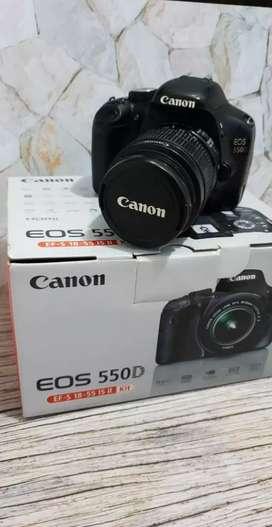 DSLR CANON EOS 550D