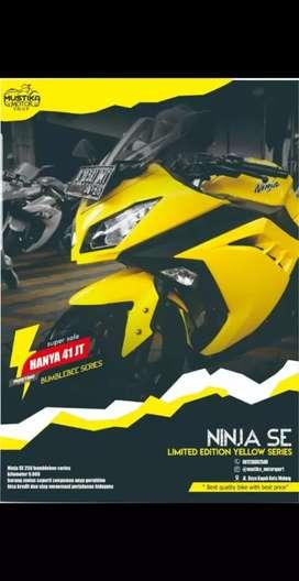 Kawasaki Ninja 250 (Rare Item) 2015, KM 9rb Spt Baru, Mustika Motoshop