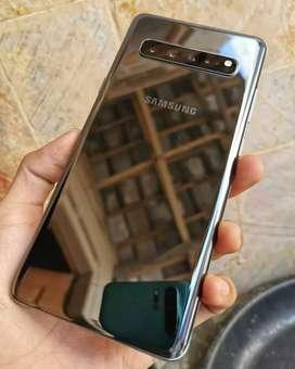 Samsung s10 plus samsung s10 plus / 128     .