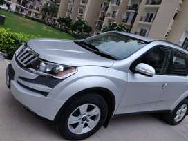 Xuv500 w6  with company fitted alloy wheels