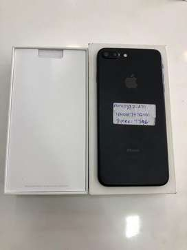 I PHONE 7PLUS -32GB EXCELLENT CONDITION &MATT BLACK & WARRANTY