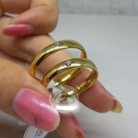 Cincin couple titanium emas mata polos