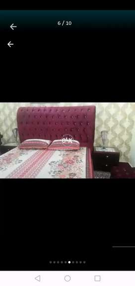 Bed Dressing with otman for sale at cheap price... Awsam Condition..