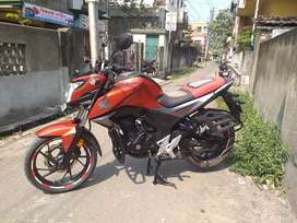 New condition HONDA CB Hornet 160R available intrested to sale