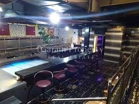 Dijual Resto dan Bar dalam gedung 4 lantai