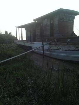 kapal cargo cabin
