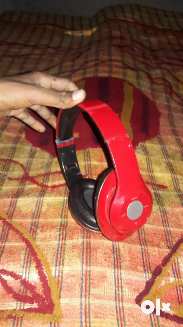 Bluetooth headset 0