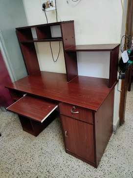 Desktop Computer Table with Storage space