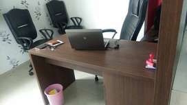 400sft fully furnished office in vadodara