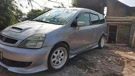 Honda Stream 2002 modif