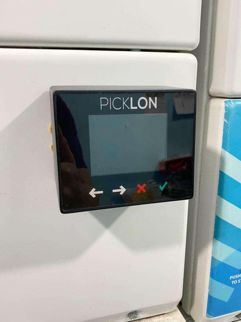 PICKLON Laundry Vending Device V6 (Touch Panel)