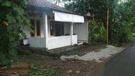 UTARA SMP 1 BAMBANGLIPURO Rumah Diobral 295 Akses Jalan Mejing