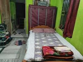 Wood bedroom bed