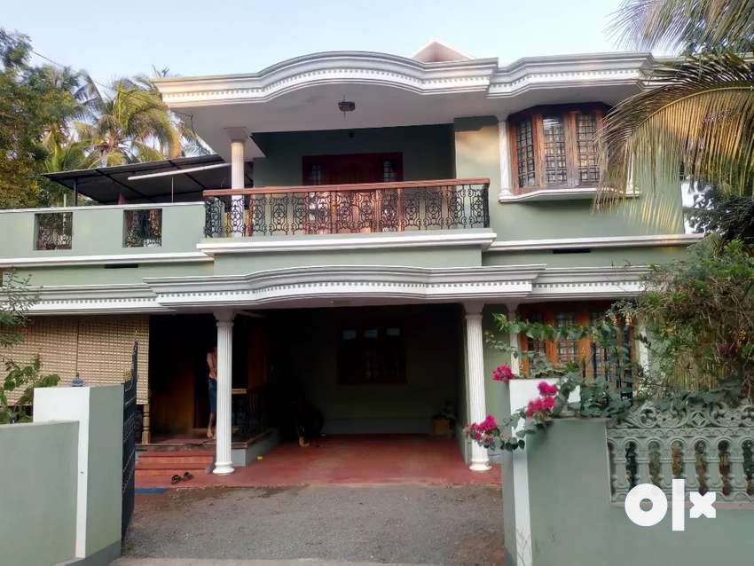 An Independent House For Sale Near Koorkkenchery 0