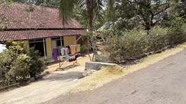 Rumah pinggir jalan Kmpung bojong mengger cipinang kidul ciamis