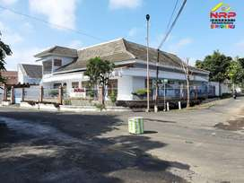 Dijual Rumah 2 Lantai dg 10 Kamar di Barat Kantor Bupati Banyuwangi
