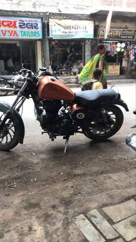 Royal Enfield Thunderbird 25000 Kms 2012 year