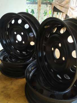 Wide rims for sale (suitable for wagon r)