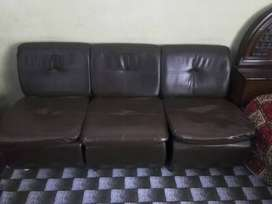 6 single seater sofas for home and office use