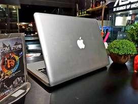 Harga Murah aja kak MacBook keren  intel core 2 Duo  Ram 4Gb