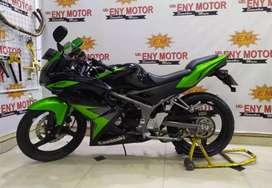 No abal abal ! Kawasaki Ninja 150 RR Th.2014 siap angkut no ribet