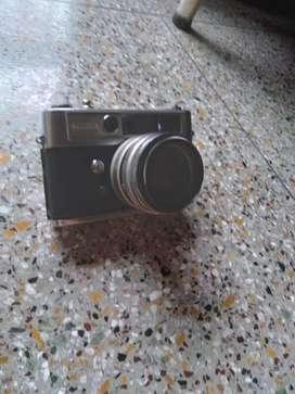 Yashica LYNX 5000 with electronic flash unit