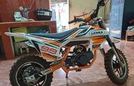 Sepeda motor trail untuk anak