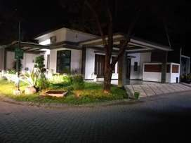 Rumah Ketintang Regency shm 3.7 M negoo
