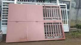 Pintu pagar tempahan