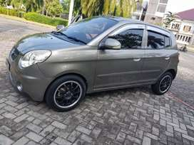 Di jual kia pikanto.manual 2010