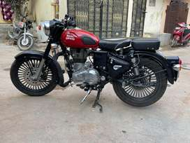 Royal Enfiled Classic 350 with Alloy Wheels