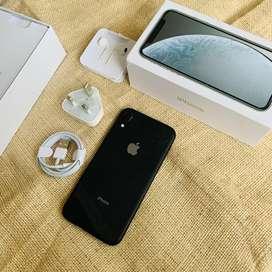 Iphone XR Black 64 GB Fullset box mulus