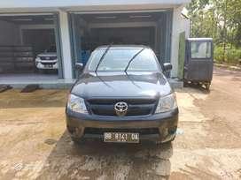Toyota Hilux single cabin nya dijual aja neh.