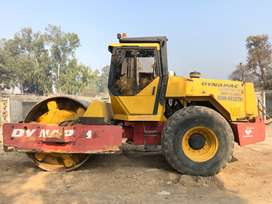 Road roller Dynapac Vibrator ca251 an roller China 135 for rent
