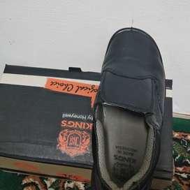 Sepatu safty king kwd807