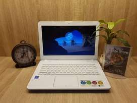 Laptop Asus X441N mulus second Like new