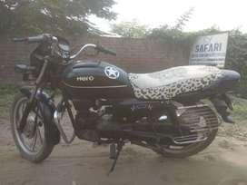 Good condition alloys wheels selected number 9394 puc OK Como non