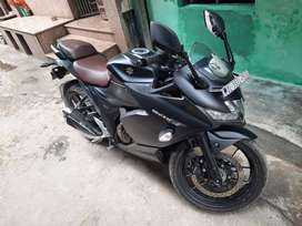 gixxer SF 250cc just 8 months old, sports bike