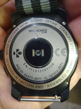 Kronoz Zetime smart watch Digital