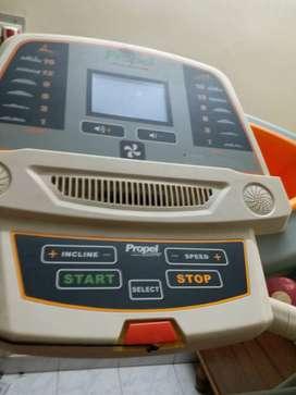 Treadmill model PT87i