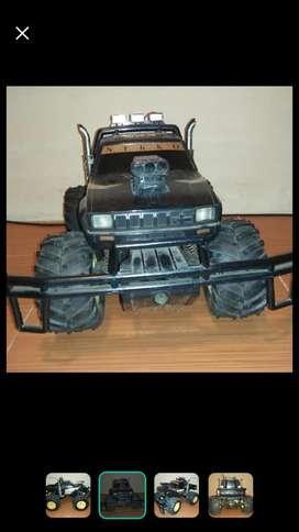 Jeep cherokee hitam