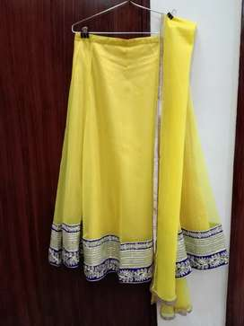 Lehnga with dupatta (2 piece)