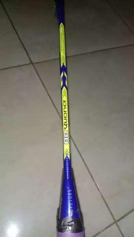 Di Borong Aja 2 Raket Yonex Original