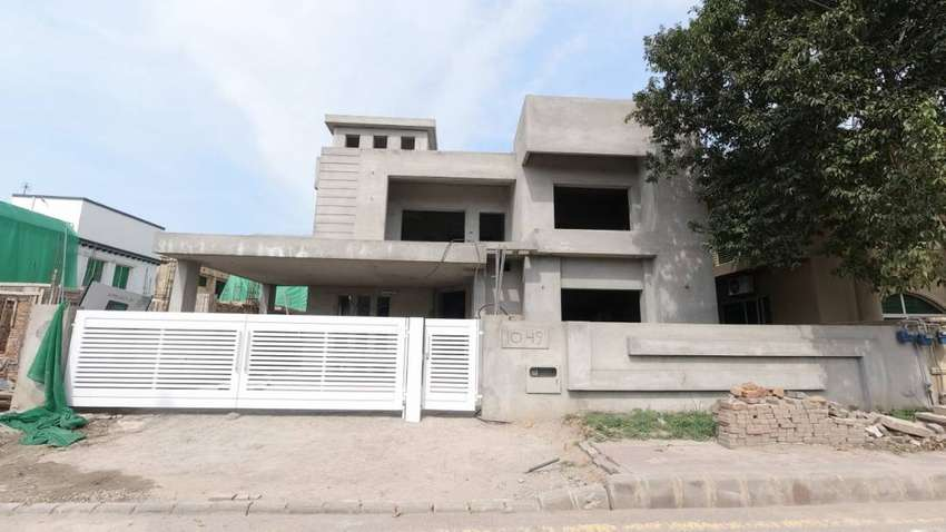 Luxury House In The Most Secure Locality In Bahria Town Phase 3