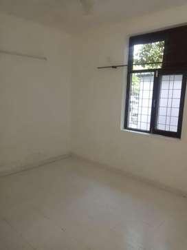 2bedroom 2bathroom   In sec 44 noida