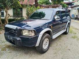 ford everest xlt diesel istimewa