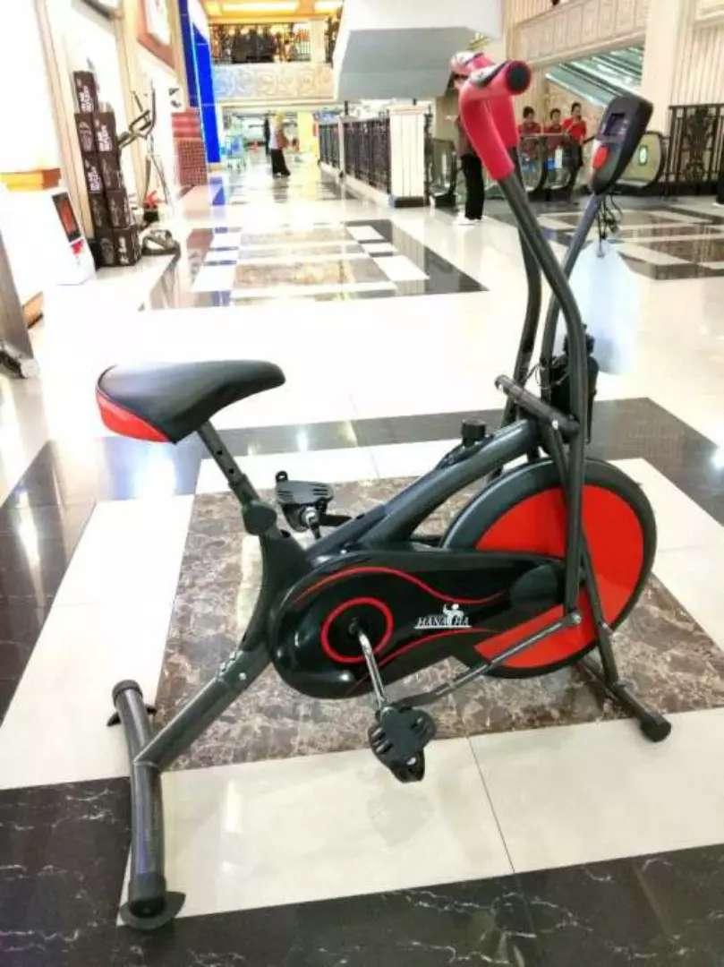 sporty sepeda statis platinum merah stip combi 0