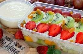 Tukang buah asianan dan salad