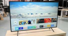 UHD IPS TV wide viewing angle in 40 inches Box Packed