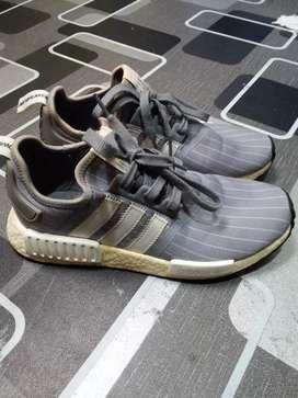Adidas nmd r1 bedwin & heartbreaker size 42